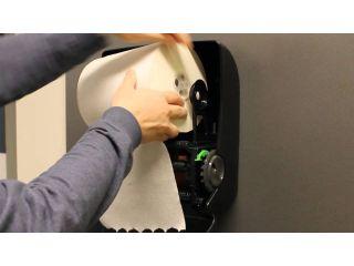 2. Wymiana wkładu i obsługa mechanicznego podajnika ręczników papierowych w rolach (CJC302).