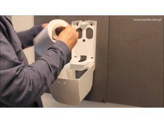 Filmy instruktażowe - uzupełnienie wkładów w pojemnikach na ręczniki papierowe w roli i składane