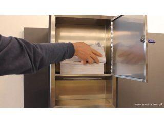 7. Uzupełnienie wkładu w wnękowym pojemniku na ręczniki składane z linii MERIDA STELLA (ASM703).
